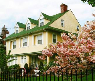 Brooklyn, NY Spring Home